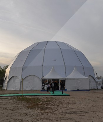 Tenda Poligonal / Igloo